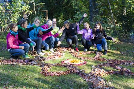 Outdoor blattbalance Jugendkunstschule Schnetz